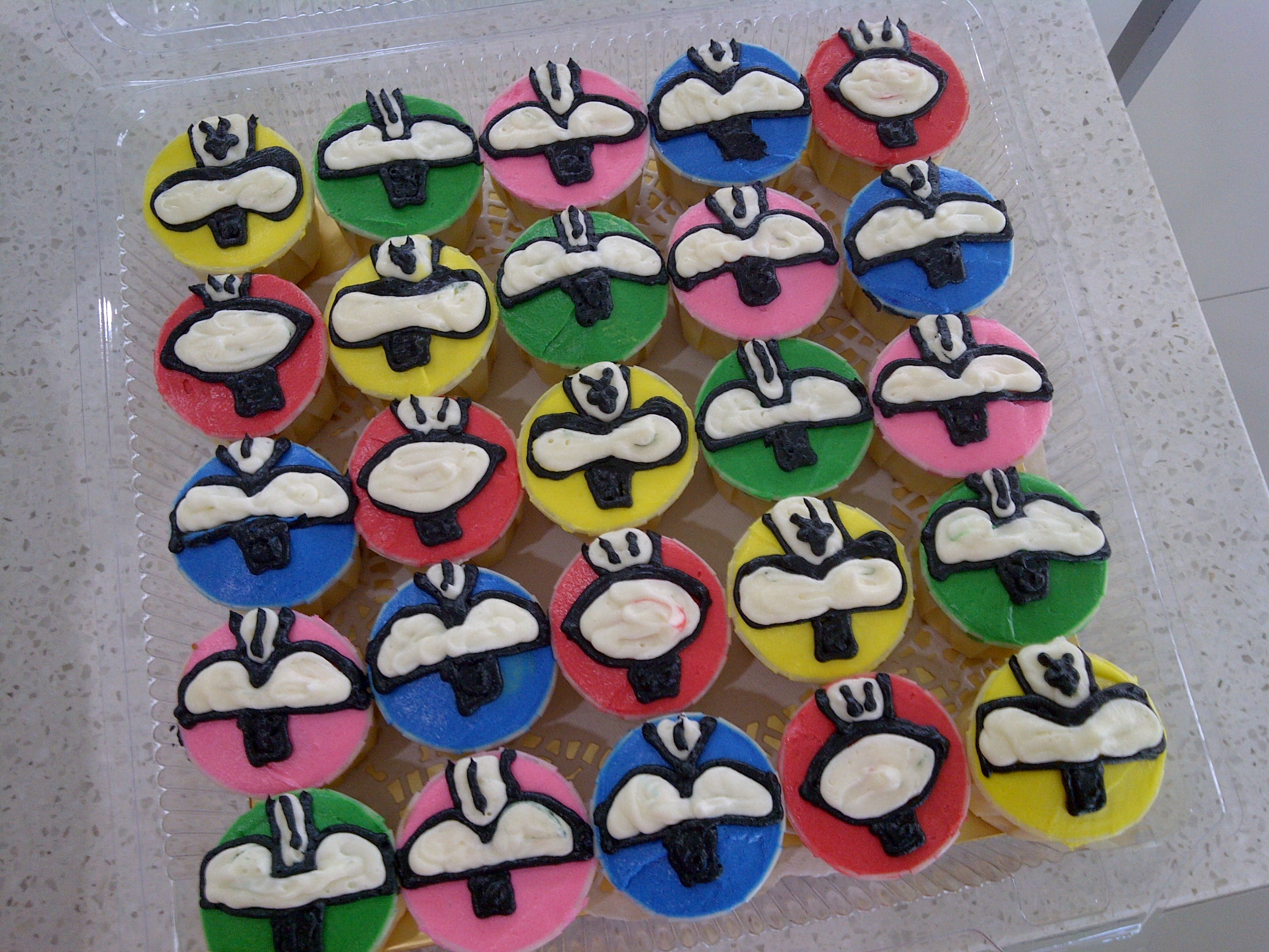 Power Rangers Cakes And Cupcakes